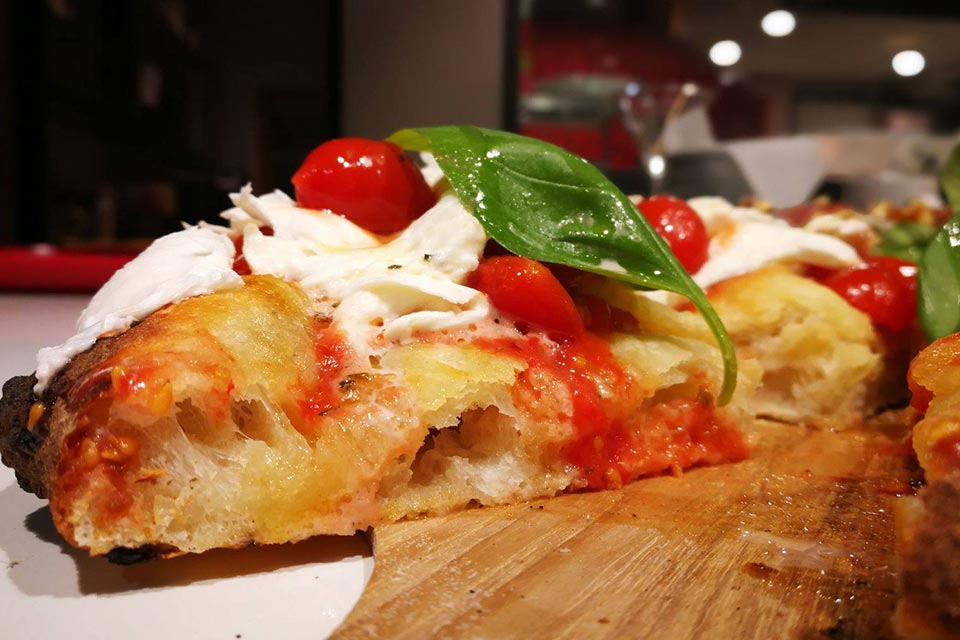 Gourmet, il nuovo modo di essere pizza.