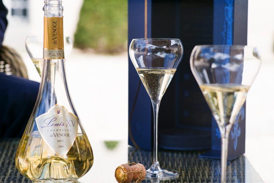 Aperitivo con Champagne De Venoge e Brunello.
